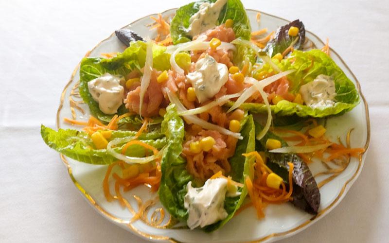 Ensalada de hortalizas y queso